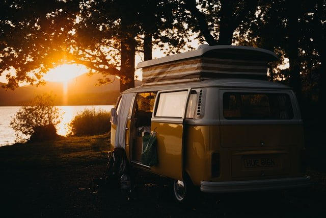 Go on vacation with a camper, motohome or van !