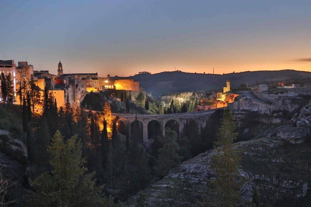 Ancient bridges in Italy: Ponte Acquedotto, Gravina