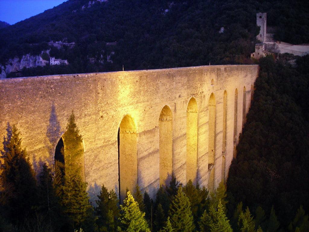 Ancient bridges in Italy: Ponte delle Torri
